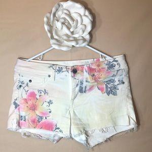 Sold Design Lab Bleeker Baby Jean shorts floral 28